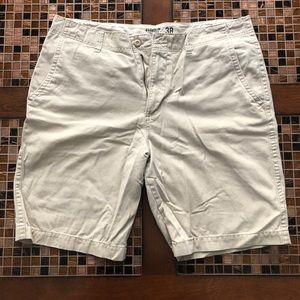 Broken-In Khaki Shorts 38